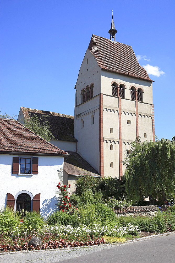 Minster dedicated to the Virgin and Saint Mark, Marienmuenster, Abbey of Reichenau, Mittelzell, Reichenau Island, Lake Constance, Konstanz district, Baden-Wuerttemberg, Germany, Europe