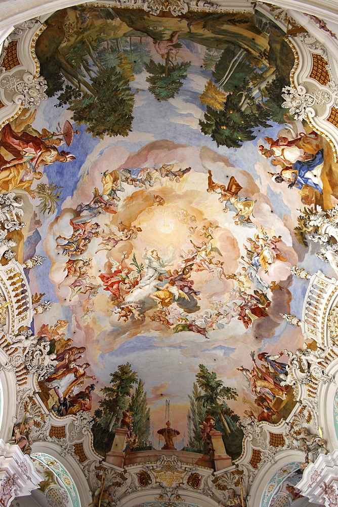 Ceiling frescoes in the pilgrimage church in Steinhausen, one of the greatest masterpieces of the early rococo, main piece of the Wessobrunner School, Upper Swabia, Baden-Wuerttemberg, Germany, Europe