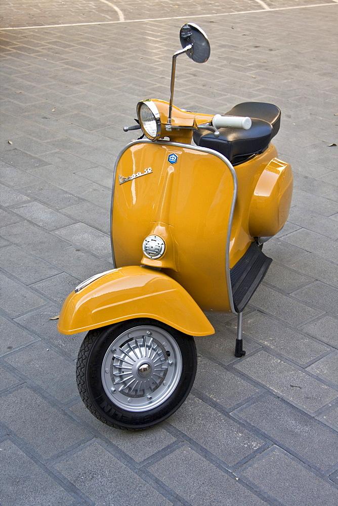 Piaggio Vespa 50 special, 1965, restored Italian vintage scooter