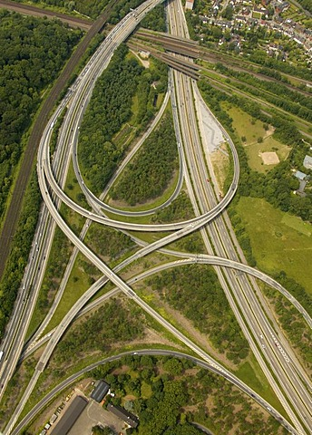 Aerial photograph, Logport Logistic Centre, Autobahnkreuz, motorway intersection, spaghetti knot of A3 and A40, North Rhine-Westphalia, Germany, Europe