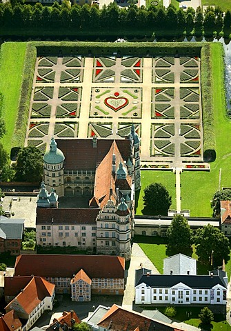 Areal view, Guestrow Castle, baroque garden, Barlachstadt, Guestrow, Mecklenburg-Western Pomerania, Germany, Europe - 832-244738