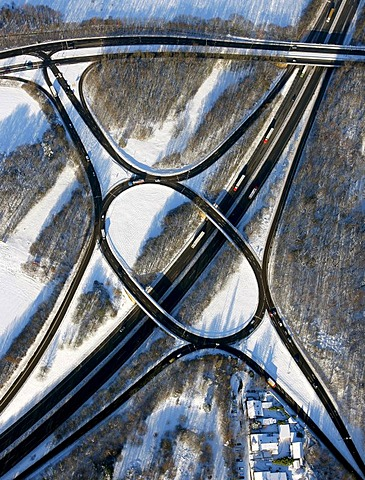 Aerial photo, federal highway B224, junction Gelsenkirchen-Buer-West Nordring, snow, Gelsenkirchen-Buer, Gelsenkirchen, Ruhr Area, North Rhine-Westphalia, Germany, Europe