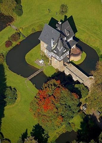 Aerial photo, Badinghagen Castle, Meinerzhagen, Maerkischer Kreis, Sauerland, North Rhine-Westphalia, Germany, Europe