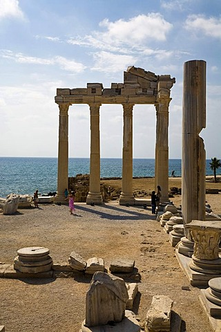 Ruins of the Apollon Temple in Side, Turkish Riviera, Turkey, Asia