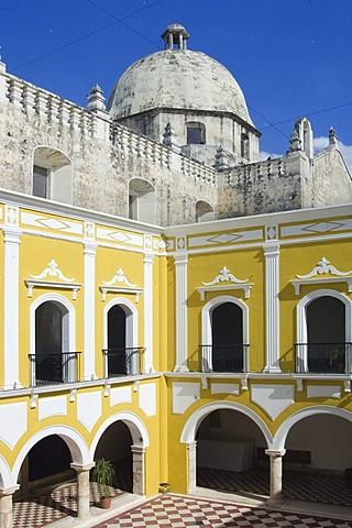 Historic town Campeche, Campeche Institute and San Jose church cupola, Province of Campeche, Yucatan peninsula, Mexico, UNESCO World Heritage Site