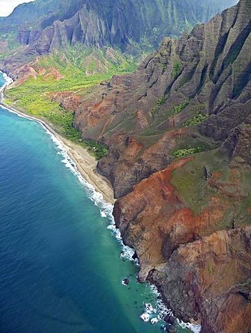 View of the coast of Na Pali on Kauai Island, Hawaii, USA