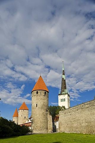 Town wall, towers, Tallinn, Estonia, Baltic States, North-East Europe