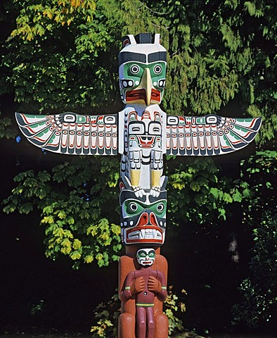 Totem pole, Stanley Park, Vancouver, British Columbia, Canada