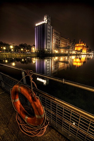 Inner port of Duisburg at night, Duisburg, North Rhine-Westphalia, Germany, Europe