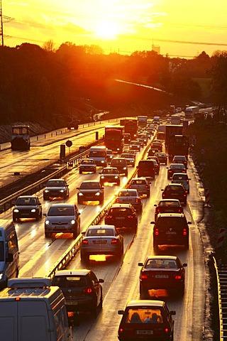 Rush hour on the A40 motorway, near Bochum, North Rhine-Westphalia, Germany, Europe