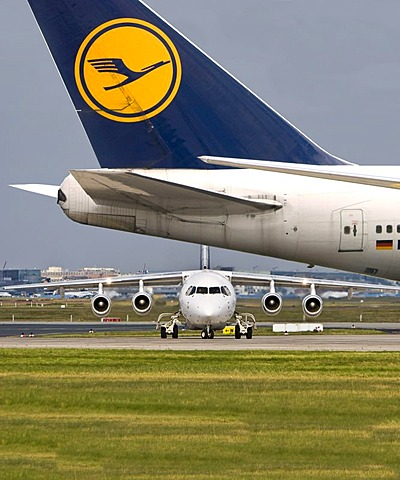 Lufthansa City Jet and a Lufthansa Boeing 747 at the Frankfurt Airport, Frankfurt am Main, Hesse, Germany, Europe