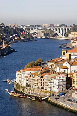 View of the historic centre of Porto with the Rio Duoro River from the Vila Nova de Gaia quarter, at back the Ponte de Arrabida Bridge, Porto, UNESCO World Cultural Heritage Site, Portugal, Europe