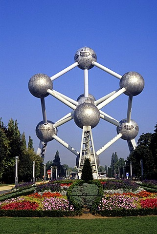 Atomium, sculpture of an iron molecule for the world exposition 1958, landmark, Heysel, Brussels, Belgium, Benelux, Europe