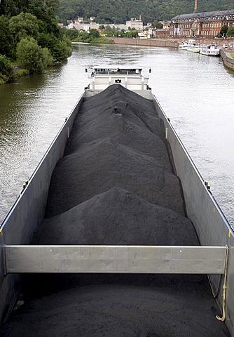 Vessel loaded with coal on the river Saar in Mettlach, Saarland, Germany, Europe