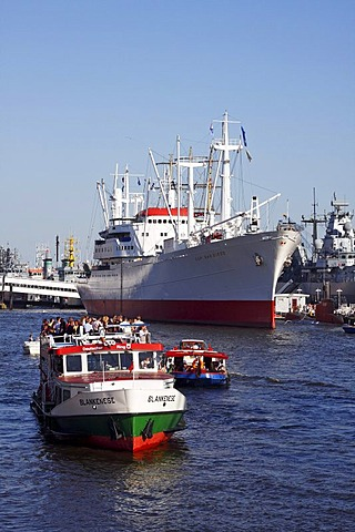 Tourist boats passing the Cap San Diego, a museum ship at the Ueberseebruecke Bridge, Port of Hamburg Anniversary 2008, Hamburg, Germany, Europe