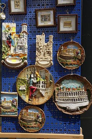 Souvenirs of Romeo and Juliet, drama by William Shakespeare, Verona, Veneto, Italy, Europe