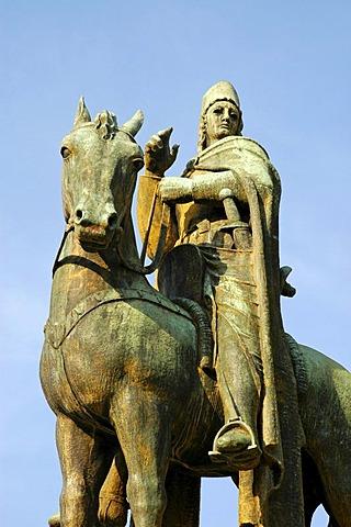 Monument of Archbishop Engelbert II, Earl of Berg, Castle Burg, Solingen, Bergisches Land, North Rhine Westphalia, Germany