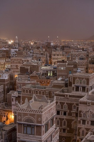 Evening mood, historic centre of Sanëaí, UNESCO World Heritage Site, Yemen, Middle East