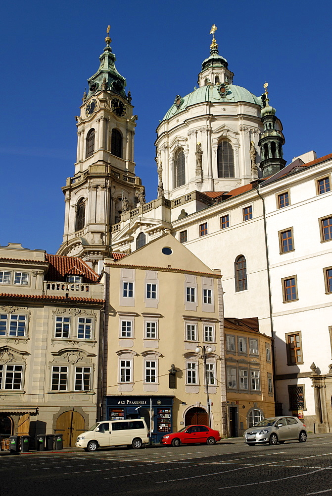St Nicholas' church on Malostranske nam&sti, Lesser Town Square, Mala Strana, UNESCO World Heritage Site, Prague, Czech Republic, Czechia, Europe