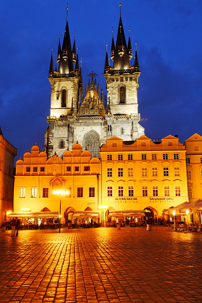 Old Town Square with the Church of Our Lady before Tyn, UNESCO World Heritage Site, Prague, Czech Republic, Czechia, Europe