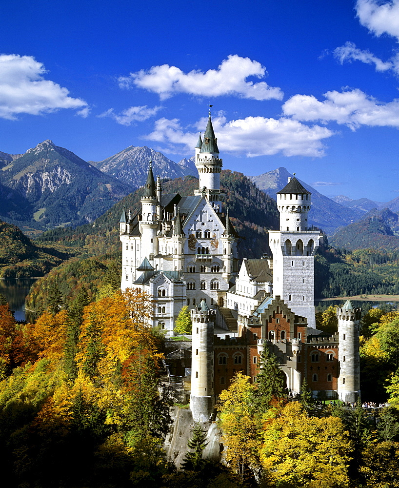 Neuschwanstein Castle in autumn, Panorama, Alp lake, Fuessen, Thannheimer Mountains, Allgaeu, Bavaria, Germany