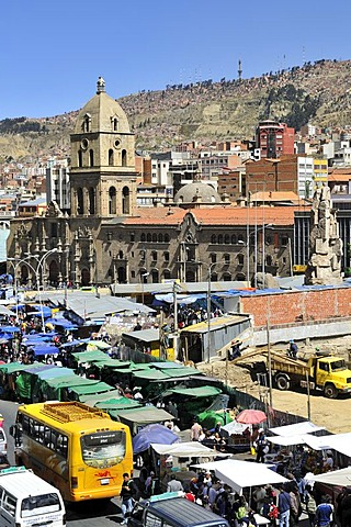 Traffic chaos, market stalls and the Franciscan Church, La Paz, Bolivia, South America