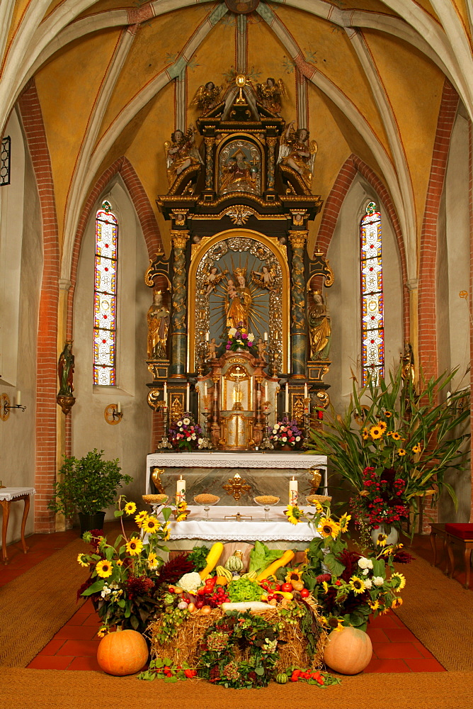 Baroque Thanksgiving altar in gothic choir, Holzhausen, Upper Bavaria, Germany
