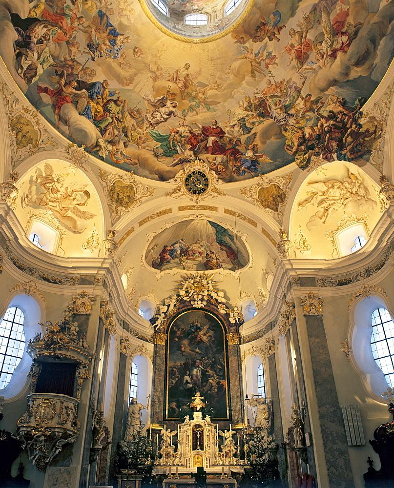 Karlskirche Church near Volders, Altar, ceiling fresco, Innsbruck-Land, Inn valley, Tyrol, Austria