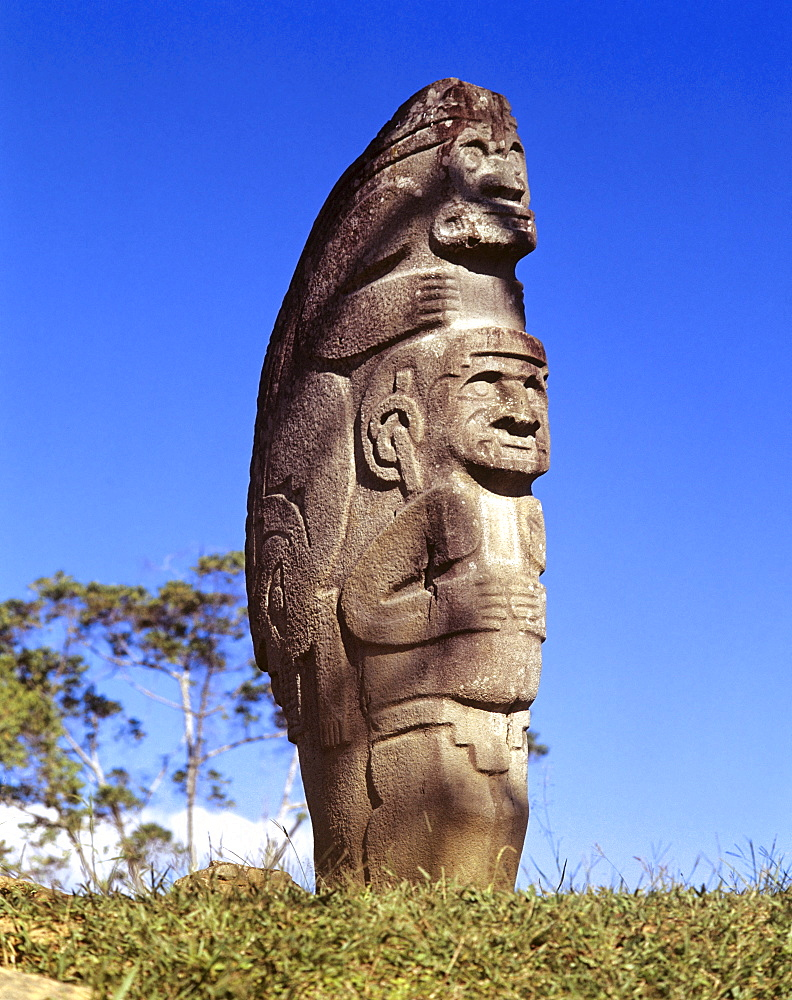 Pre-Columbian stone statue, San Agustin culture, prehistoric culture, southern Colombia, South America