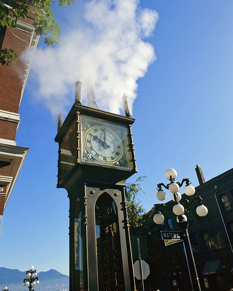 Steam clock in the Gastown district, Vancouver, British Columbia, Canada