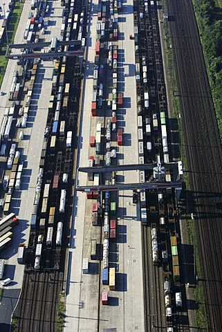Container terminal, Cologne-Eifeltor, North Rhine-Westphalia, Germany
