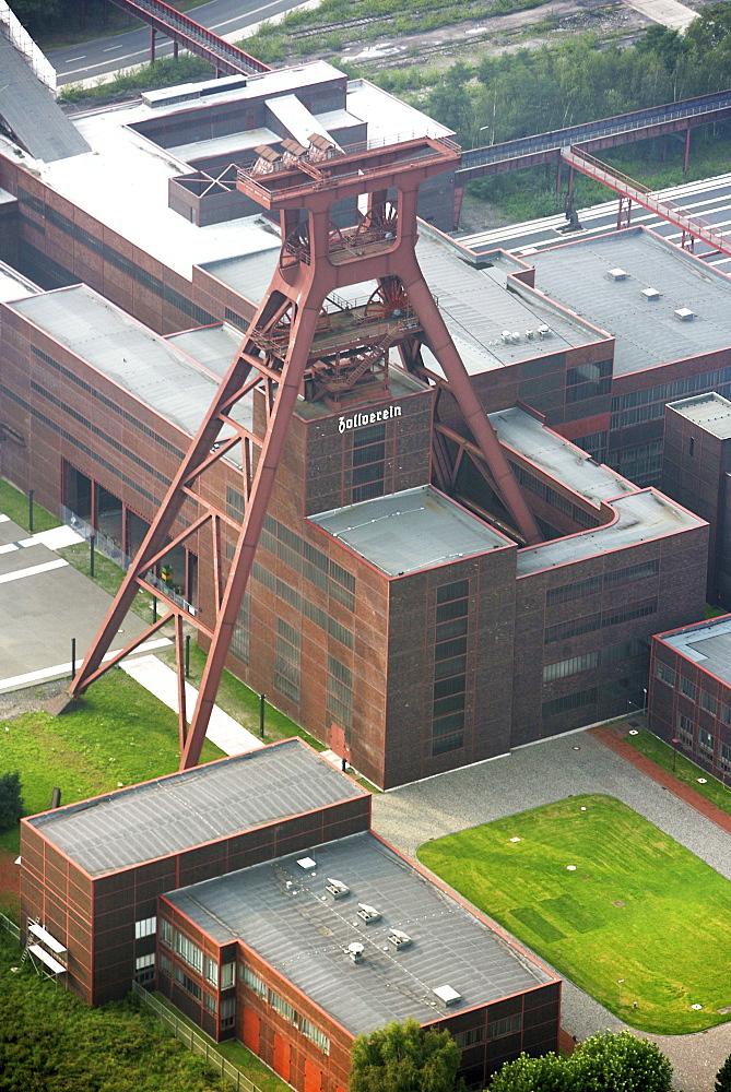 Unesco World Heritage Site, former coal mine Zeche Zollverein, exhibition halls in the former Kohlewaesche, Essen, North Rhine-Westphalia, Germany, Europe