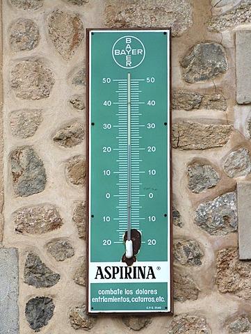 ESP, Spain, Balearic Islands, Mallorca, Valldemossa : Centigrade thermometer