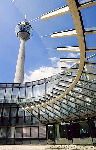 Entrance of the NRW state parliament with view of Rhein-Tower, Duesseldorf, NRW, Germany