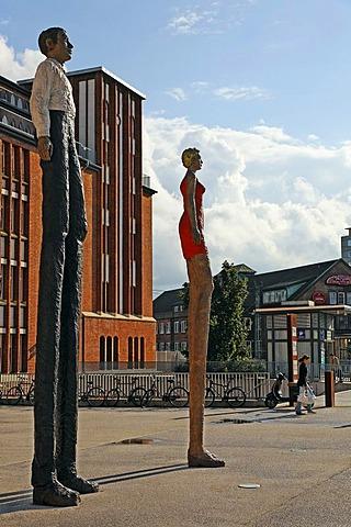 Bronze Sculpture Mann+Frau by Stephan Balkenhol, Hamburg, Germany