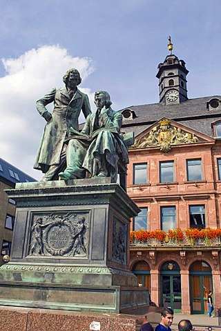 National monument of the Grimm Brothers in front of the Neustaedter town hall, Hanau, Hesse, Germany