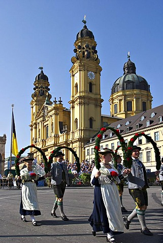 The grand procession of regional costumes to the Oktoberfest in Munich