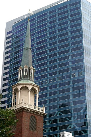 Old and new arranged together in the city center of Boston, Massachusetts.