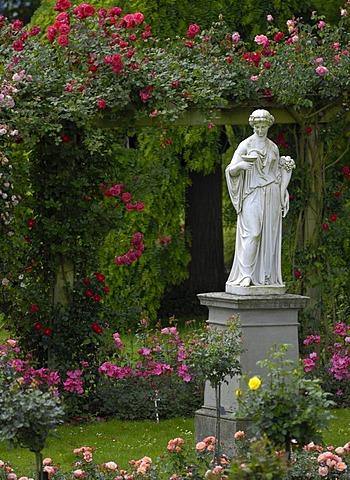 Marble statue in Italian rose garden of Island of Mainau, Baden-Wuerttemberg, Germany
