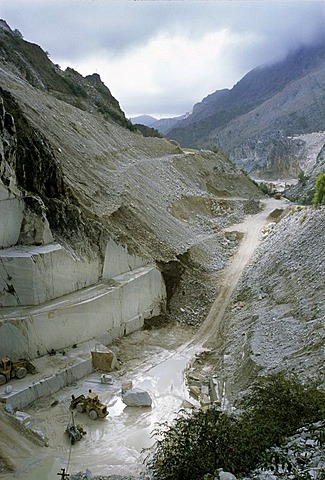 Cave di Fantiscritti, marble quarry near Carrara, Massa-Carrara Province, Tuscany, Italy, Europe