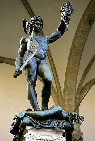 Bronze statue of Perseus with the head of Medusa by Cellini, Loggia dei Lanzi, Florence, Firenze, Tuscany, Italy, Europe