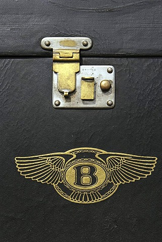 Detail of a piece of luggage of a vintage car (Bentley)