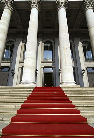 Red carpet, Nationaltheater, Munich, Bavaria, Germany