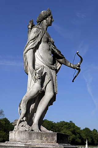 Statue, godess Diana, Nymphenburg, Munich, Upper Bavaria, Bavaria, Germany