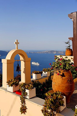 View from Hotel in Imerovigli to the caldera, Santorin, Aegean Sea, Greece, Europe