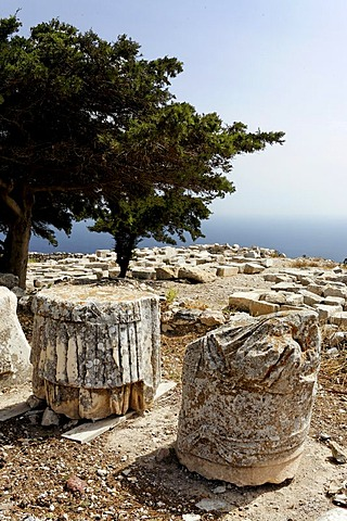 Antiques ruines of old Thira, mountain Messavouno, Santorin, Aegean Sea, Greece, Europe