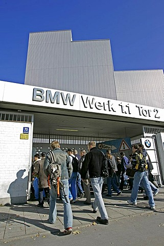 Munich, GER, 18. Oct. 2005 - Workers are entering the BMW production site 1.1 in Munich.