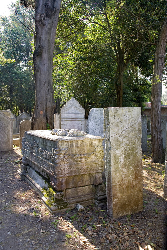 Graves in the Jewish cemetery, Lido, Venice, Venetian Lagoon, Italy, Europe
