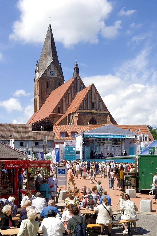 Festival held front of the Church on the Marktplatz Square, Barth, Mecklenburg-Western Pomerania, Germany, Europe