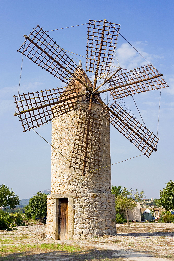 Old windmill near Montuiri, Majorca, Balearic Islands, Spain